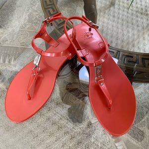 COACH PLATO JELLY THONG SANDALS!❤️